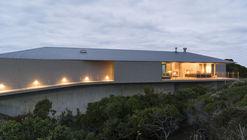 Floating Dune House / Slee & Co Architects