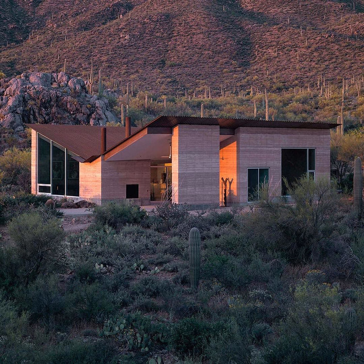 Applying Material Innovation: Does Architecture Have What It Takes?, The author gained a grasp for innovative architectural materials and their application while working for architects such as Rick Joy, whose Mountain House in Tucson, Arizona, employed rammed-earth walls. (Creative commons/Flickr user designmilk)