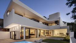 216 Ocean View Drive House / Robert Silke & Partners