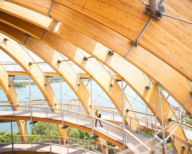 Wooden Sphere Steinberg am See / HESS TIMBER, © samucorvin.com / Corvin Oelschlaeger