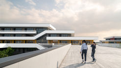 Ningbo Hanvos School / DC Alliance