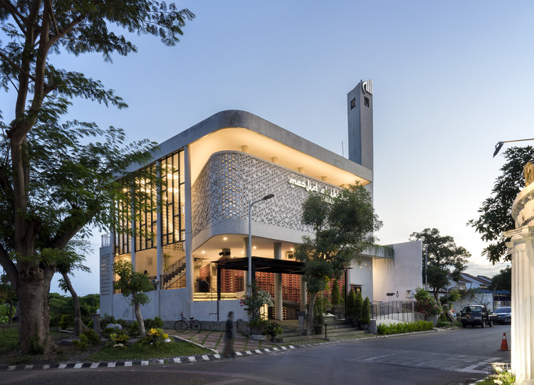 Honeycomb Mosque / Andyrahman Architect, © Mansyur Hasan