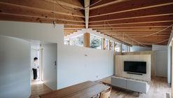 House in Ikenoue / Yabashi architects & associates