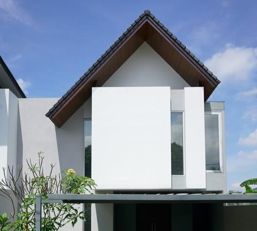 Casa AL / Kamitata
