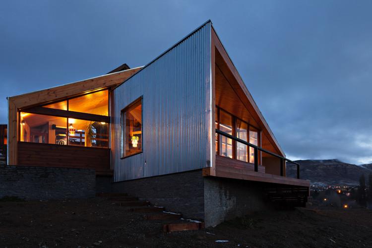Hostel Calafate  / Hauser Oficina de Arquitectura, © Albano García