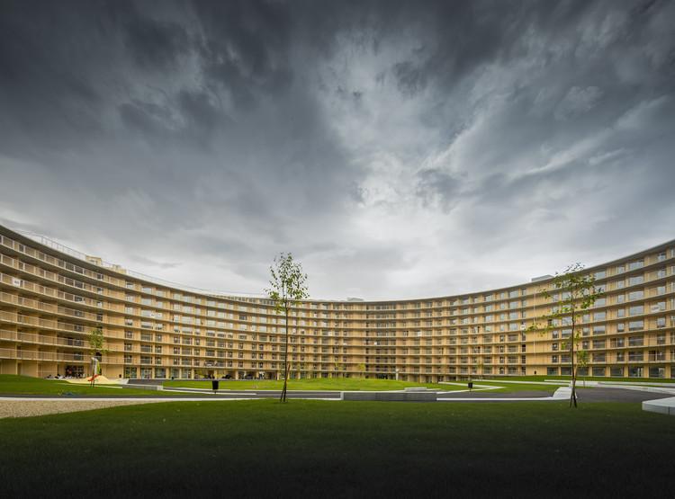 Vortex Student Housing / Dürig AG + Itten+Brechbühl AG, © Fernando Guerra | FG+SG
