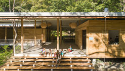 Escuela Waldorf Casa de las Estrellas / Salagnac Arquitectos