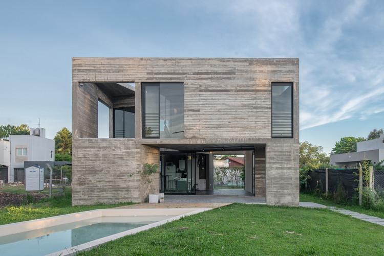 Casa Cubo / D' Argenio Saravi Arquitectos, © Luis Barandiarán