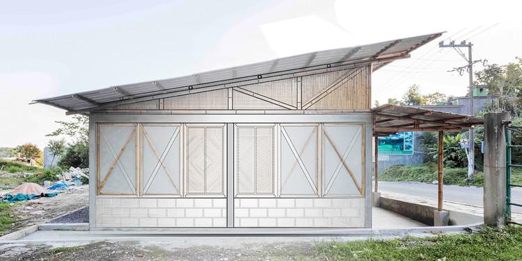 15 Projetos de baixo custo e alta qualidade, Montagem realizada sobre fotografia de Onnis Luque, do projeto Residência em Puebla / Comunal Taller de Arquitectura