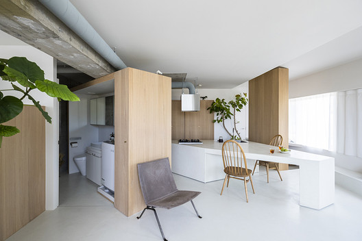 ROOM 403 / KIRI Architects