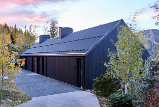 Art Barn House / Rowland+Broughton Architecture