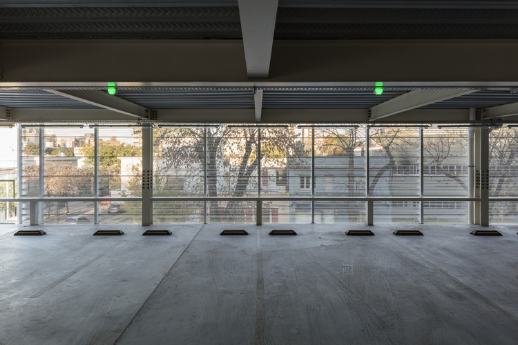 Parking UCU / MAPA. Image © Leonardo Finotti