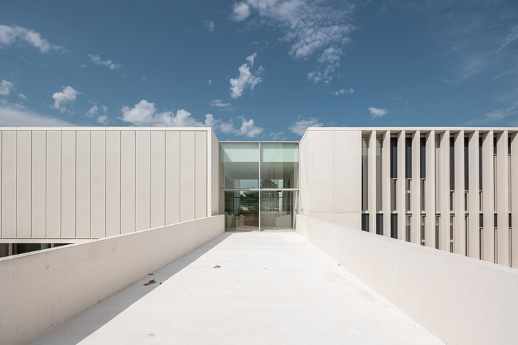 The Mediterranean Center for Human Sciences Research Center / Panorama Architecture, © We are contents