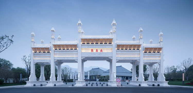 Eingangstor des malerischen Bereichs. Bild © Qiang Zhao