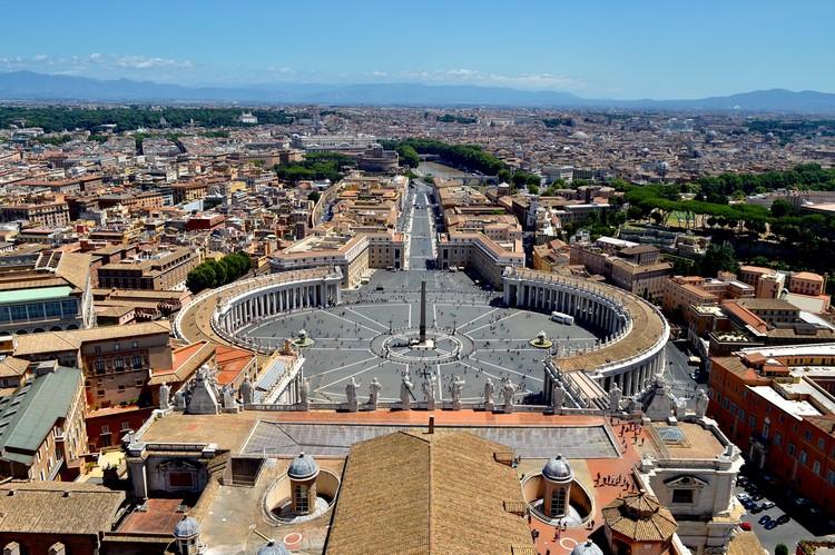"""Vaticano publica mais de 200 """"mandamentos"""" para proteção ambiental do planeta, Cidade do Vaticano. Foto de Sabrina Bronzi, via Unsplash"""