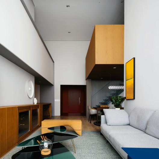 Nova York Apartment / FCstudio