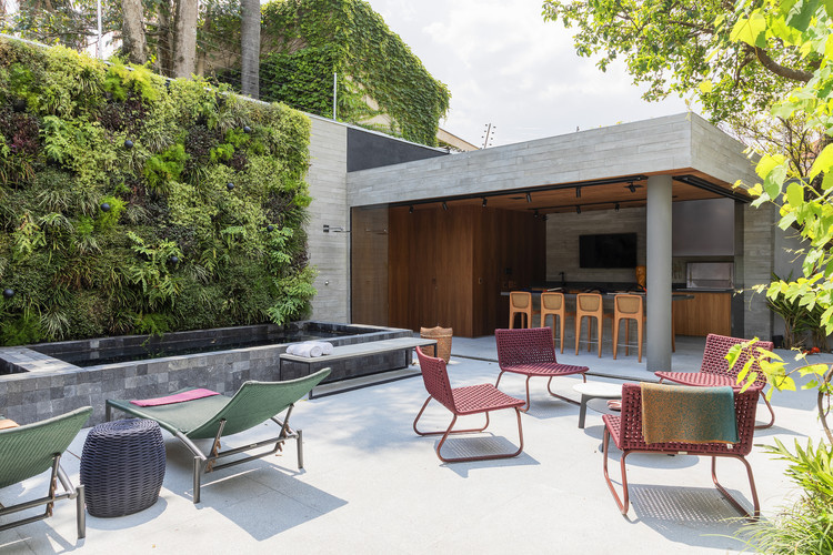 Casas brasileiras: 14 residências com jardins verticais, Casa Jardim / asdesign. Imagem: © Rafael Renzo