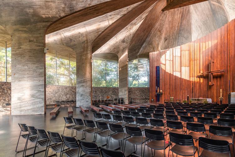 Igreja do Centro Administrativo da Bahia projetada por Lelé, pelas lentes de Guilherme Pucci, © Guilherme Pucci