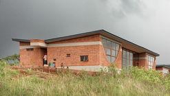 Black Rhino Academy / NLÉ