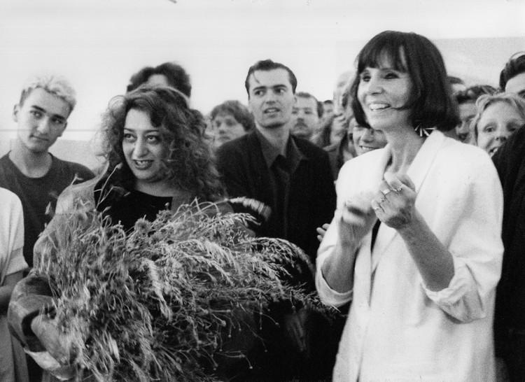Kristin Feireiss on the 40 Years of Aedes, Women Empowerment and the Future of Architecture, 1992 Zaha Hadid, Patrik Schumacher and Kristin Feireiss. Image © Regina Schubert