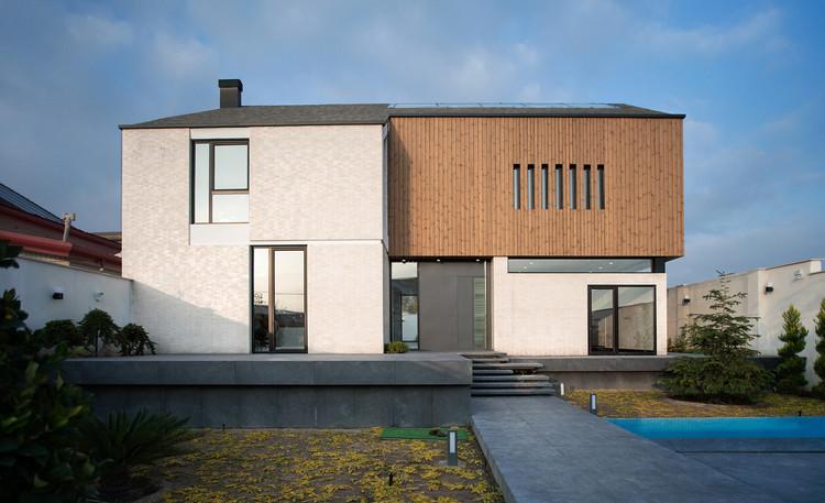Koohsar Villa / AsNow Design & Construct, © Ali Daghigh