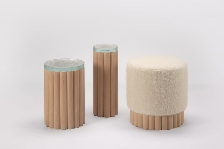 PECA presenta su nueva colección con vidrio reciclado y lana tejida en telar de cintura, Cortesía de PECA