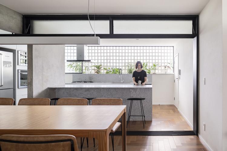 Apartment 308S / BLOCO Arquitetos, © Joana França