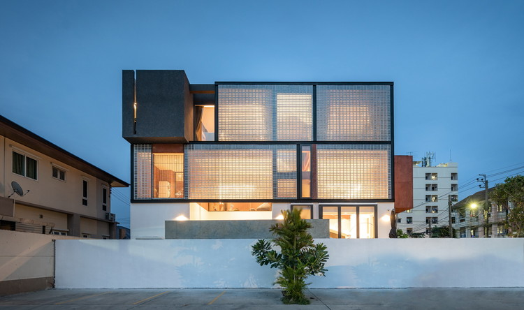 Sena House / Archimontage Design Fields Sophisticated, © Rungkit Charoenwat