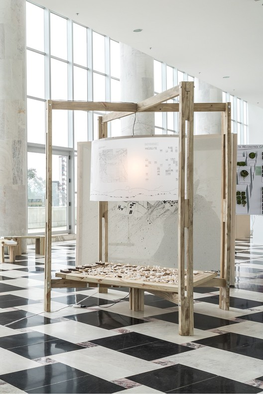 Installation presented to the public during the Architecture Exhibition for Curitiba in 2019. Photo : Eduardo Macarios