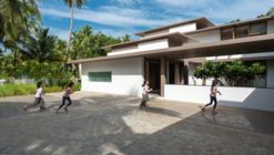 The House Within the Grid / LIJO RENY architects