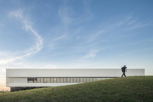 A DUE Headquarters / Iotti + Pavarani Architetti
