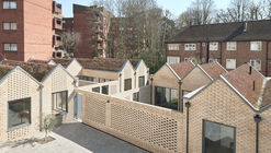 Spencer Courtyard / kennedytwaddle