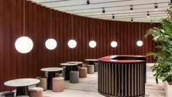 Bespoke Romance Showroom / pc-|< Paolo Cesaretti arch