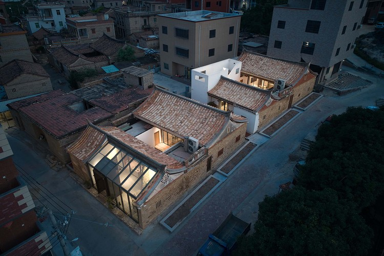 Xiangyuxiangyuan Home Stay / The Design Institute of Landscape and Architecture China Academy of Art, © Aoguan Performance of Architecture
