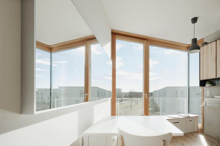 O que levar em conta ao especificar uma esquadria?, Wohnen ohne Auto / Pool Leber Architekten. Image © Brigida González