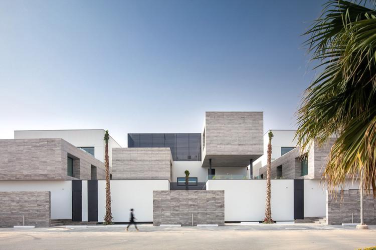 Ternion Villas / Studio Toggle, © Gijo Paul George