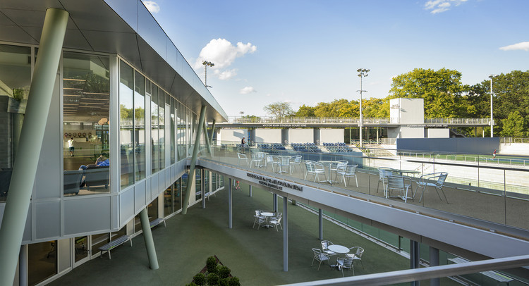 Cary Leeds Center for Tennis & Learning / Gluck+, © Paul Warchol