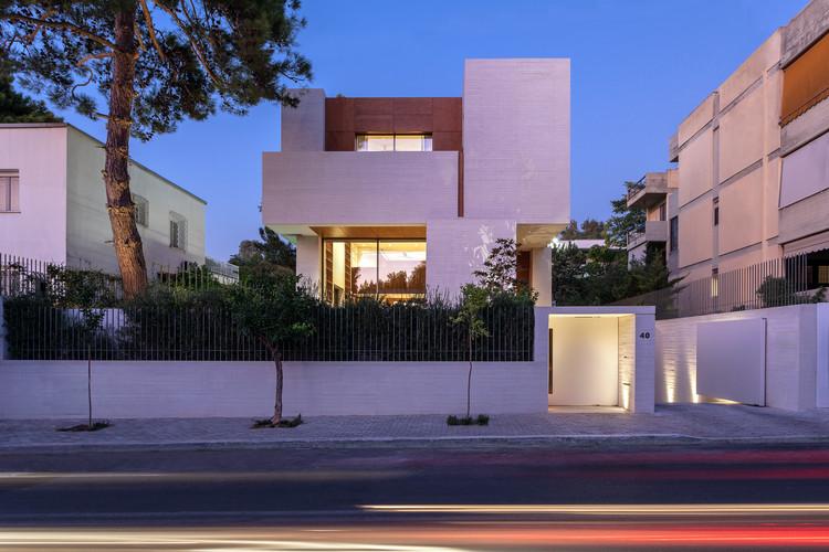 Filothei House / Divercity Architects, © Mariana Bisti