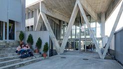 Escola Secundária de Barcelos / Cerejeira Fontes Architects