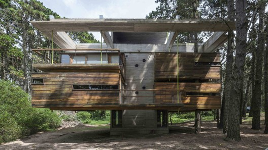 Cabins in Bosques de Mar Azul / Estudio Nómade