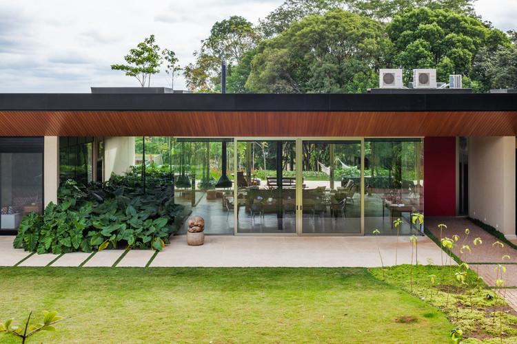 Cafezal House / FGMF Arquitetos, © Rafaela Netto