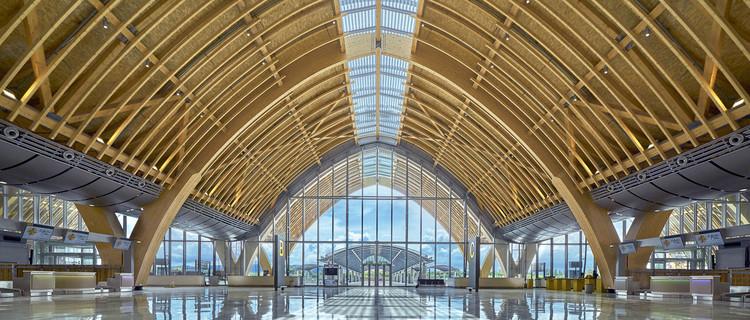 Terminal 2 del Aeropuerto Internacional Mactan Cebu / Integrated Design Associates, © Steve Lee