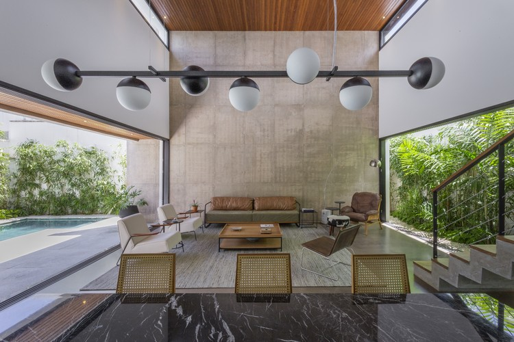 Casa Cajás / Aguirre Arquitetura, © Israel Gollino