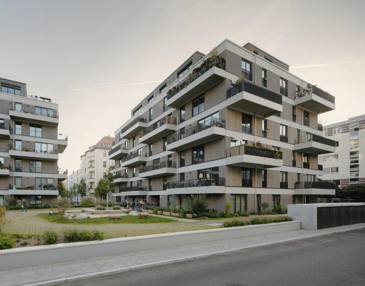 Residential Complex Schmollerplatz / Zanderroth Architekten, © Simon Menges