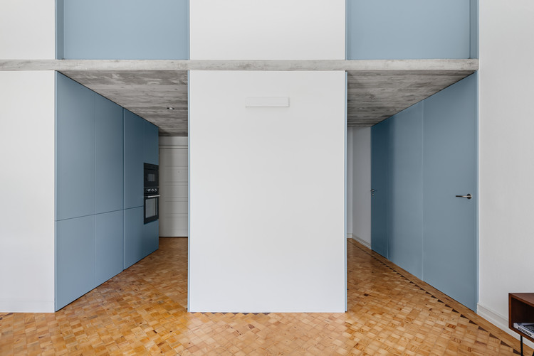 Apartment in Alcantara / BOMO Arquitectos, © do mal o menos