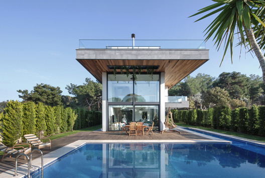 Koray Arslan House / Mert Uslu Architecture