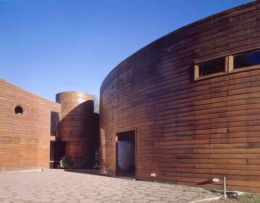Casa del Fuego / Cazú Zegers