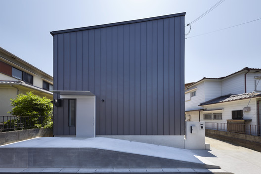 House in Uji / AKI WATANABE Architects