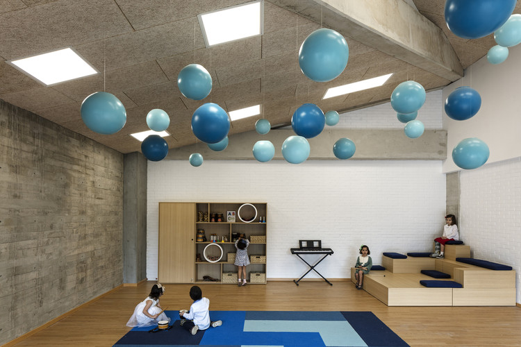 Improving the Educational Environment with the Reggio Emilia Approach, Beelieve Preeschool of Life / 3Arquitectura. Image © Leonardo Finotti