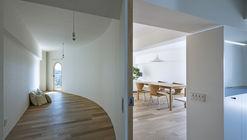 Smooth Wall House / suzuki architects